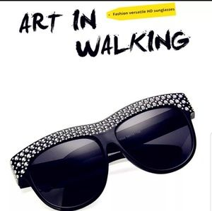 Accessories - Diamond Studded Sunglasses